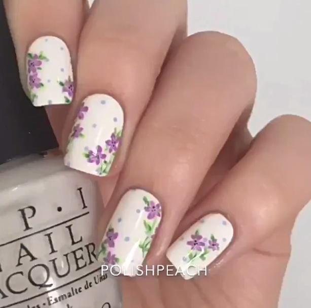 Inšpirácia: romantické kvetinové motívy na nechtoch